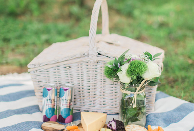 How to Throw and End of Summer Picnic