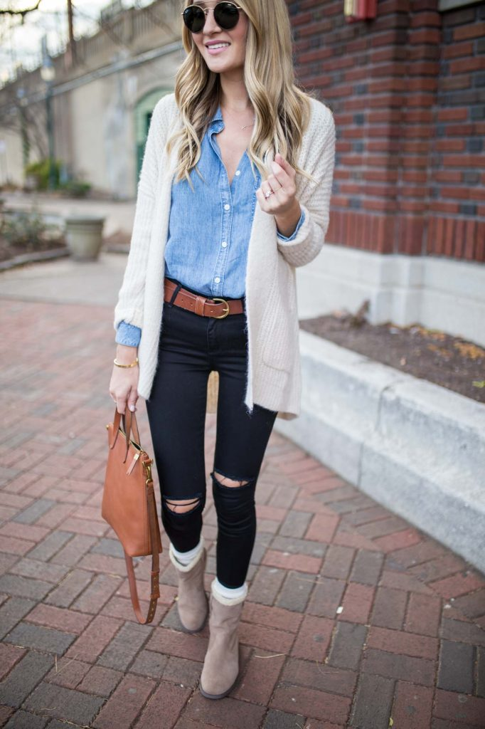 White Cardigan and Transport Tote