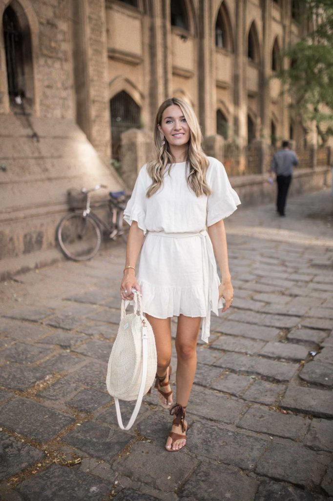 summer linen dress with brown sandals