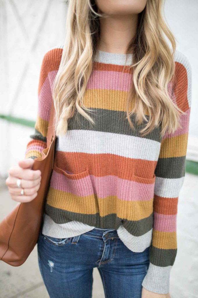 Pocket Sweater and brown tote