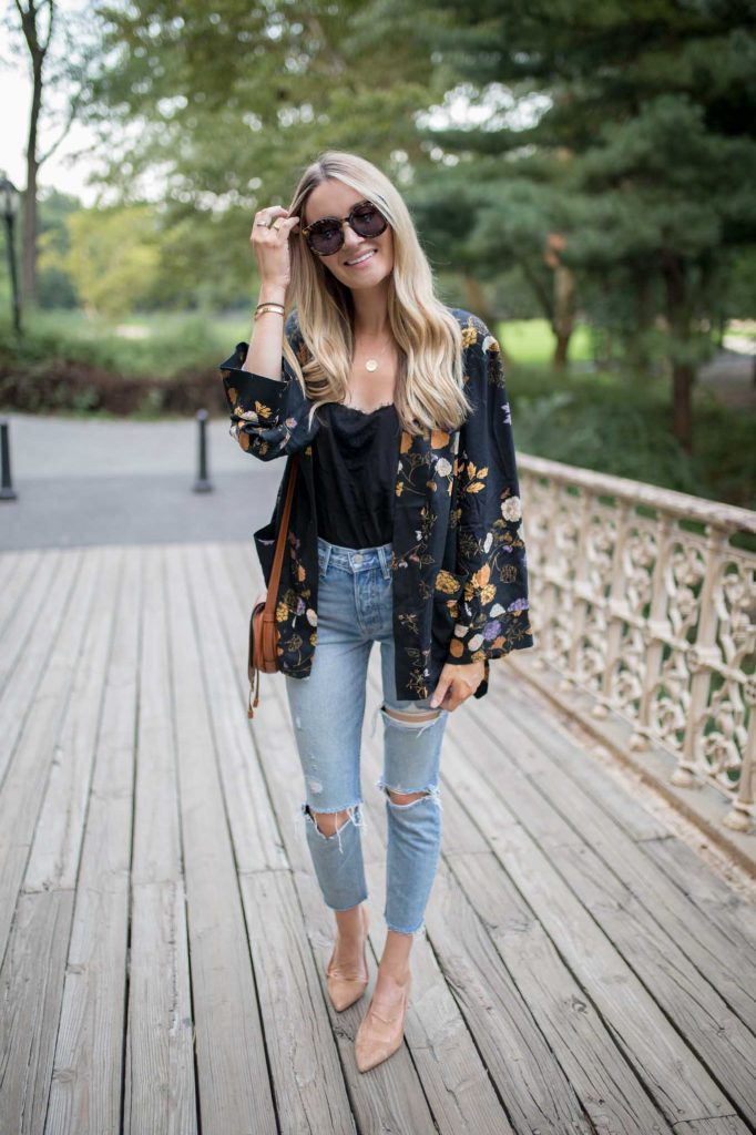 Casual dressy outfit with boyfriend denim