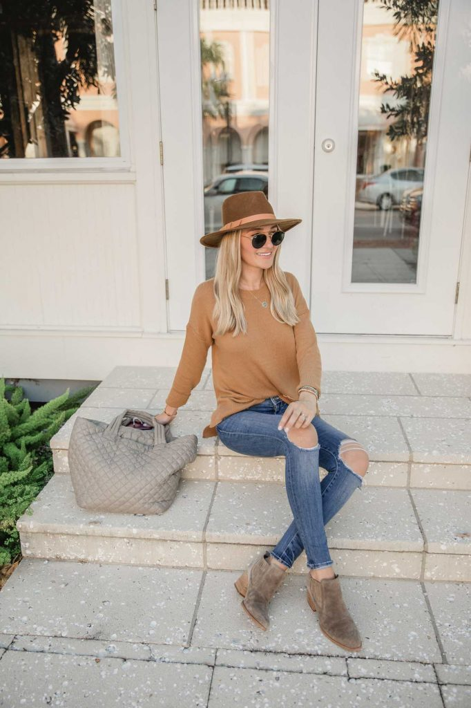 casual outfit with hat and tote